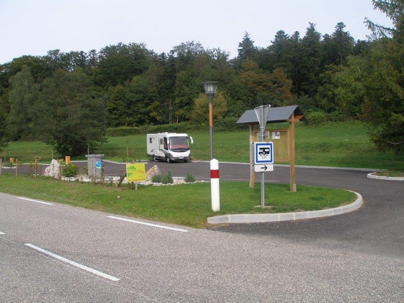 Aire d'accueil de camping-cars