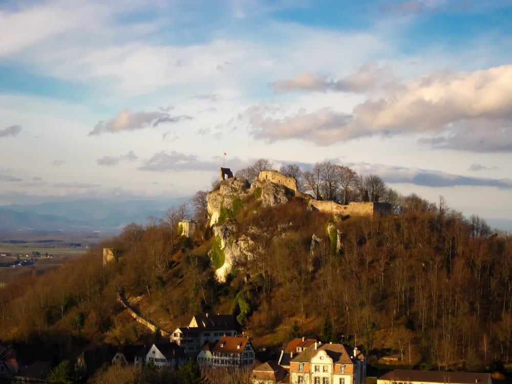 Streckenwanderung rund um die drei Burgen des Elsässischen Jura