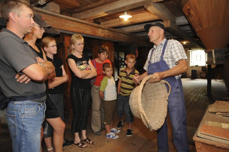 Visite guidée du moulin à farine