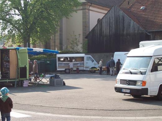 Marché hebdomadaire à Duttlenheim