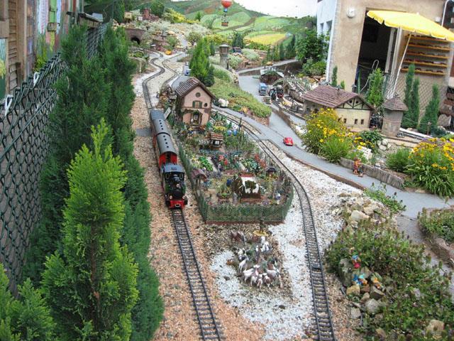 Le Noël du train de jardin s'Molshemer Bahnele