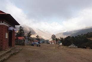 Artisanat et exposition photos : Himalaya, Nepal, chemin de lumière