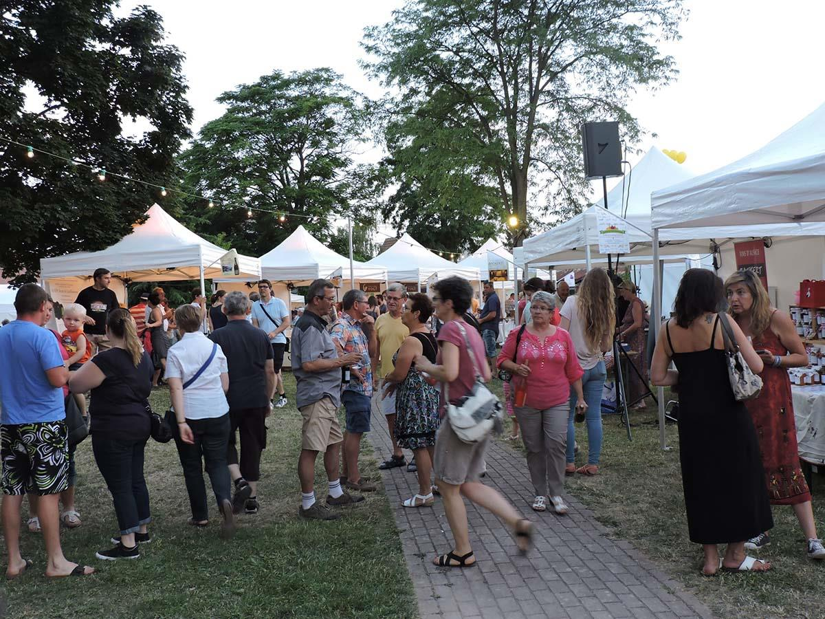 Night market with wines and regional produces