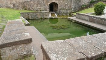 Fountain du Romain (lavoir)