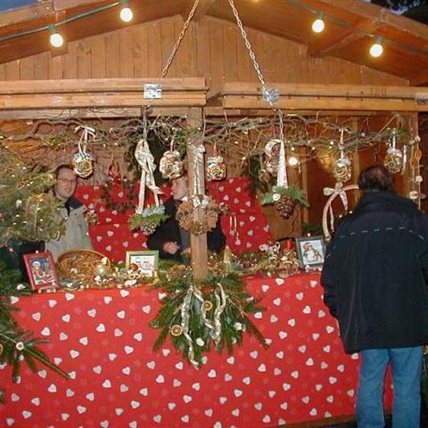 Marché du gui de Noël - Photo OT