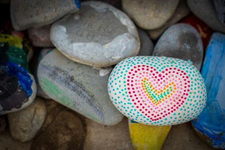 Pebble painting workshop