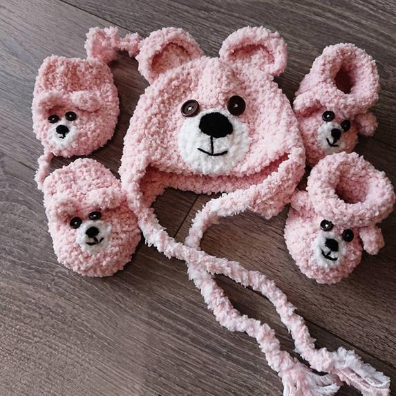 Captain Crochet