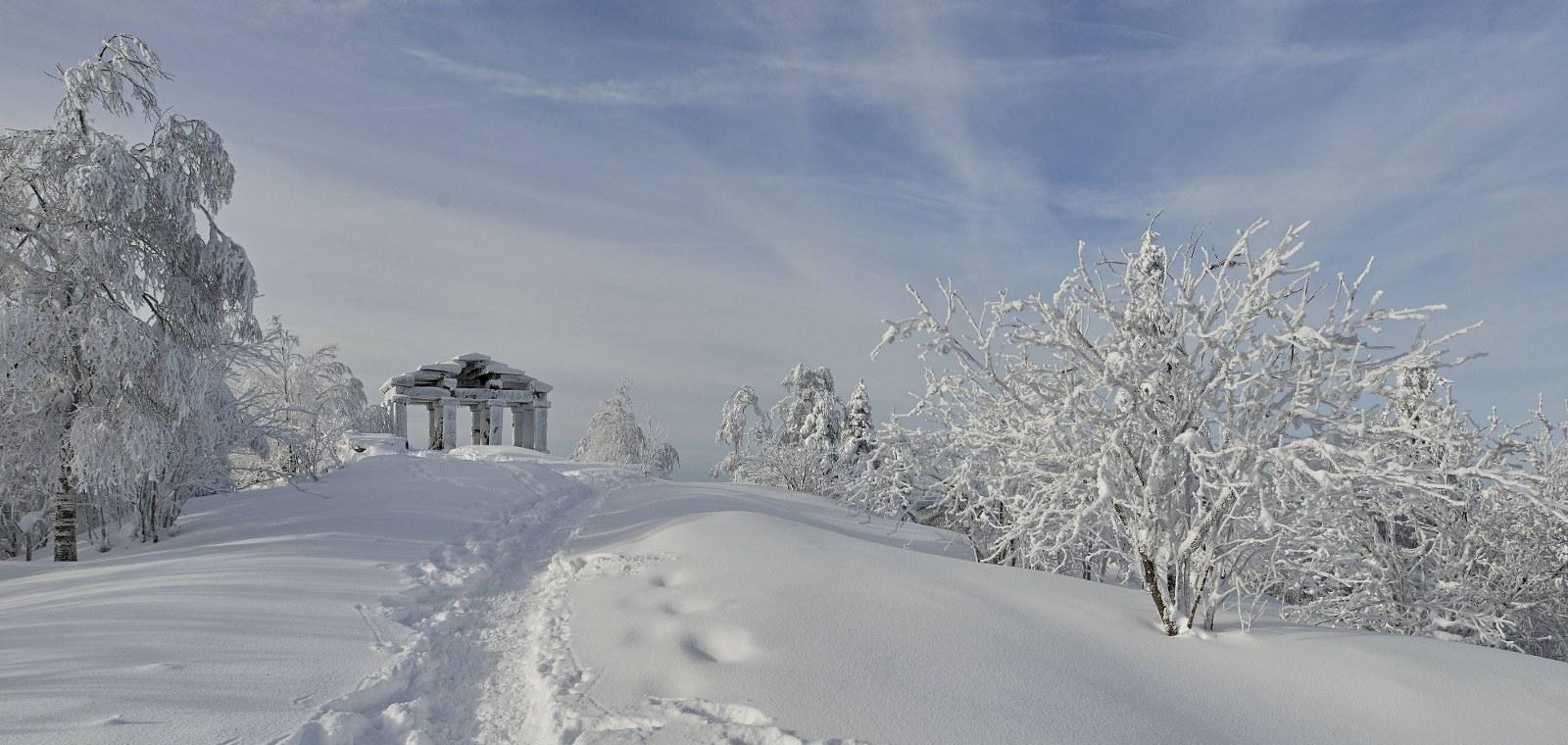 Langlauf und Schneeschuhwanderungen am Donon