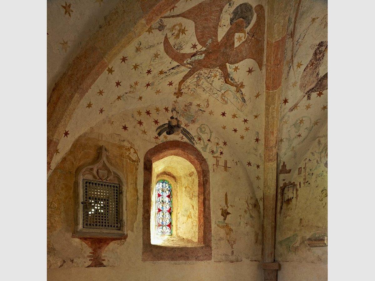 L'église et ses fresques