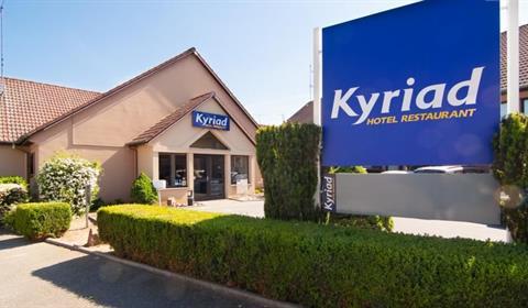 http://www.booking.com/hotel/fr/kyriad-colmar-cita-c-administrative.fr.html
