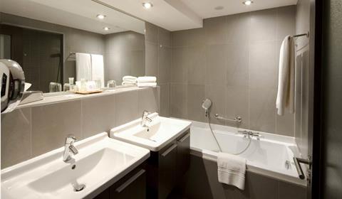 Best Western Grand Hotel Bristol, Colmar, Alsace / www.grand-hotel-bristol.com (Salle de bain)