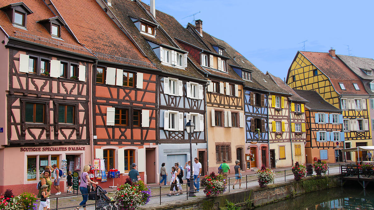 http://apps.tourisme-alsace.info/photos/colmar/photos/235008644_5.jpg