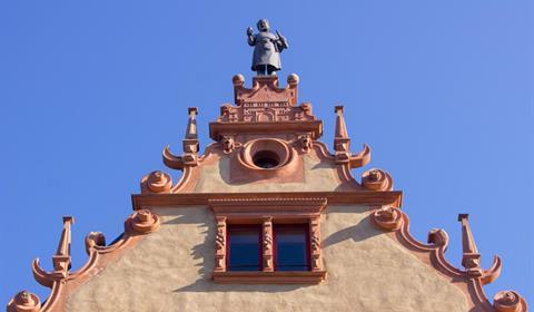 Détail de la statue d'un vigneron d'Auguste Bartholdi (OT Colmar)