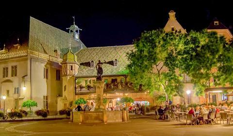 La place de l'ancienne douane et le Koïfhus (OT Colmar)