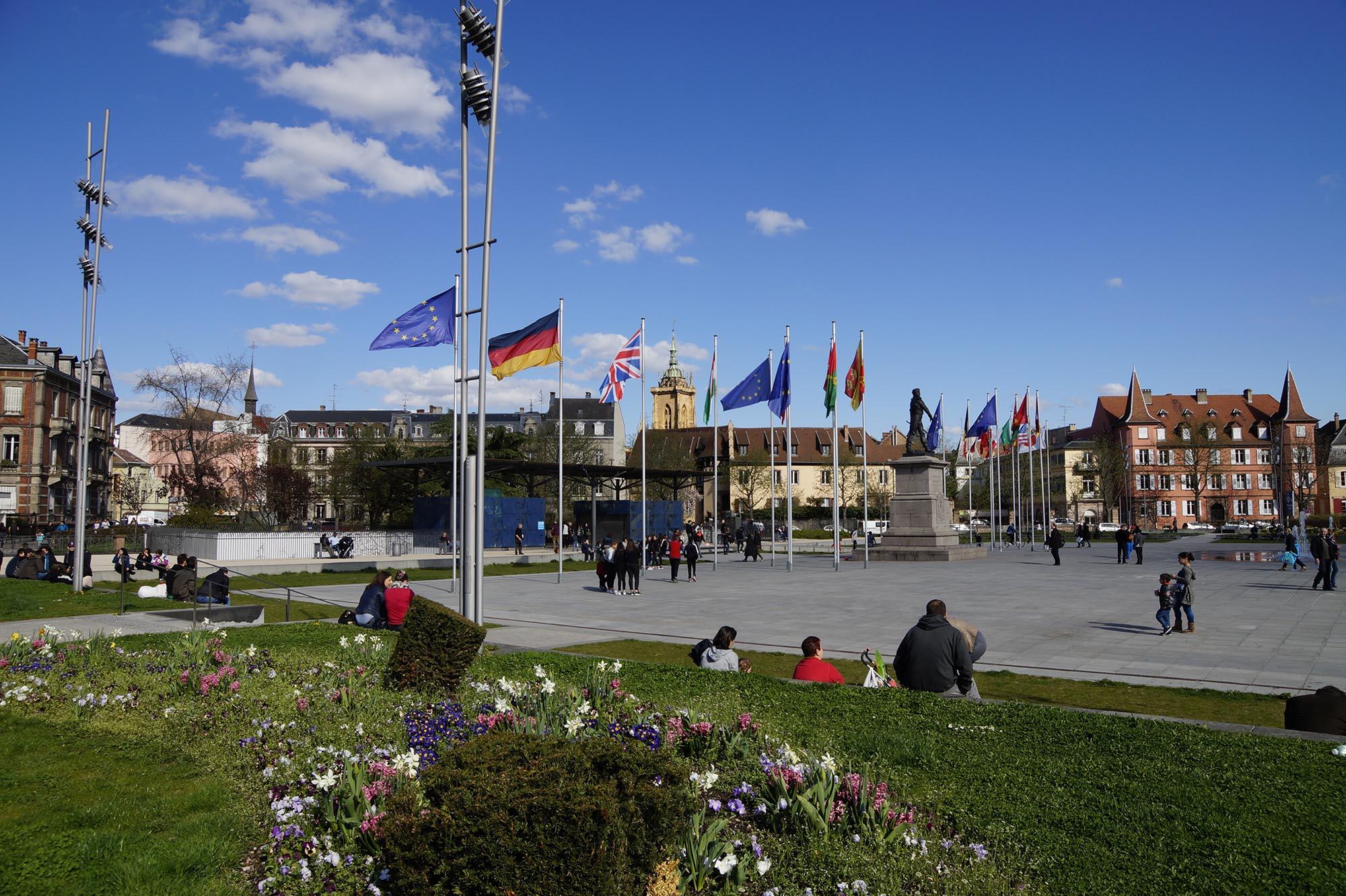 Place Rapp avec la statue du général (OT Colmar)