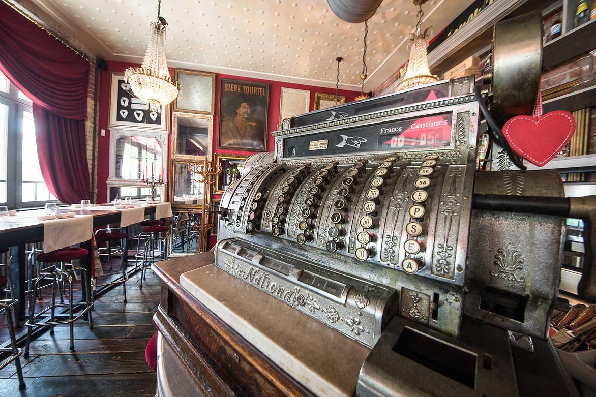 Brasserie Le Théâtre Colmar, Alsace http://www.restaurantletheatrecolmar.com/