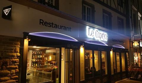 https://www.facebook.com/Restaurant-le-Caprice-1722410111349565/