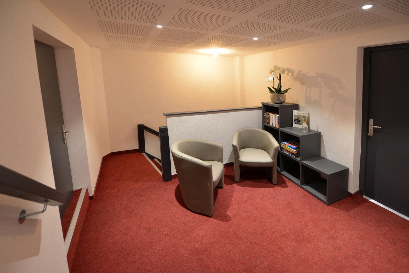 meubl fetiaura ch teau fleuri 5 place du ch teau 68420 eguisheim france. Black Bedroom Furniture Sets. Home Design Ideas