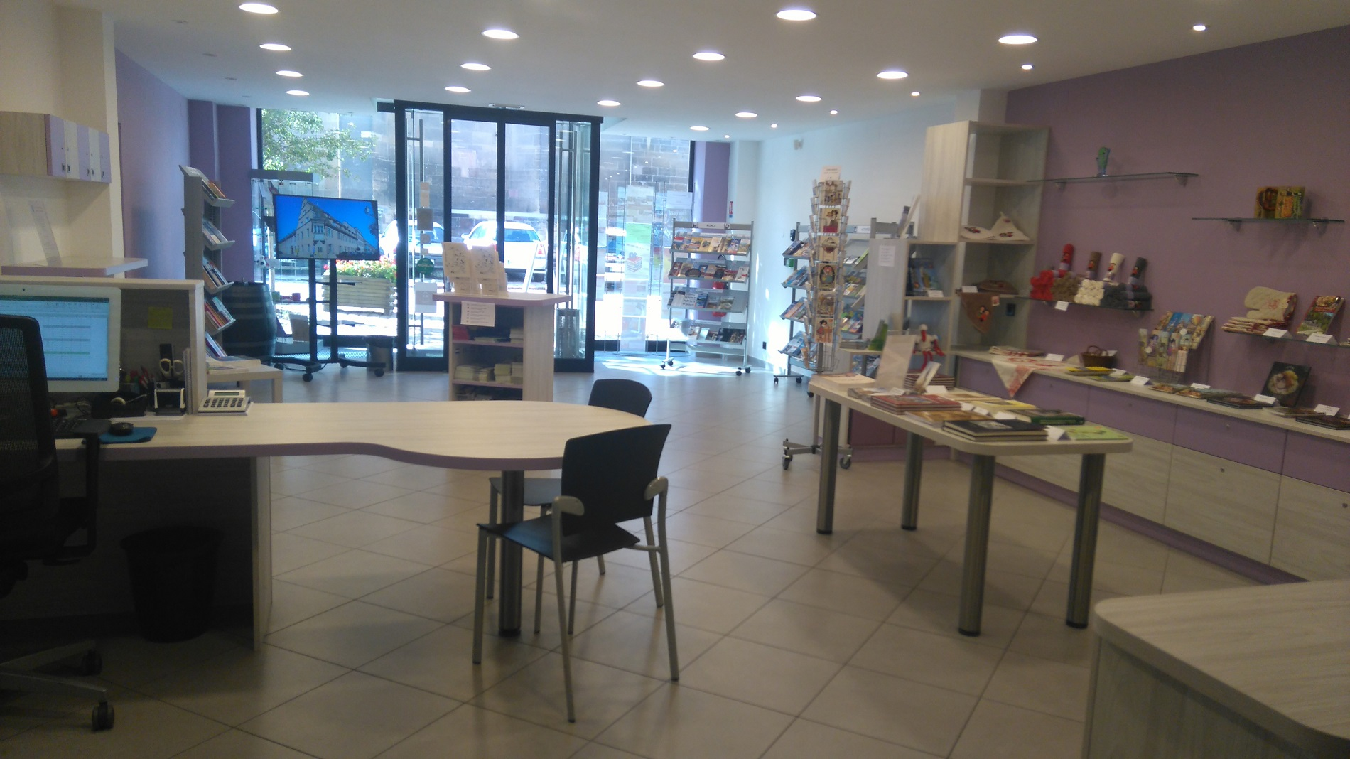 Office de tourisme du pays d 39 eguisheim et de rouffach for Bureau alsace