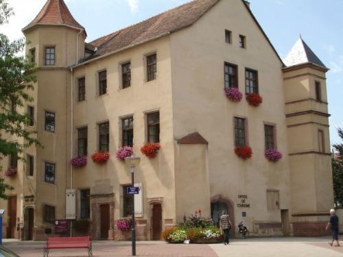 Slestat haut koenigsbourg tourisme office du pays de la petite pierre vosges du nord alsace - Office de tourisme alsace ...