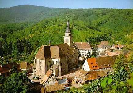 Vigne, nature et village