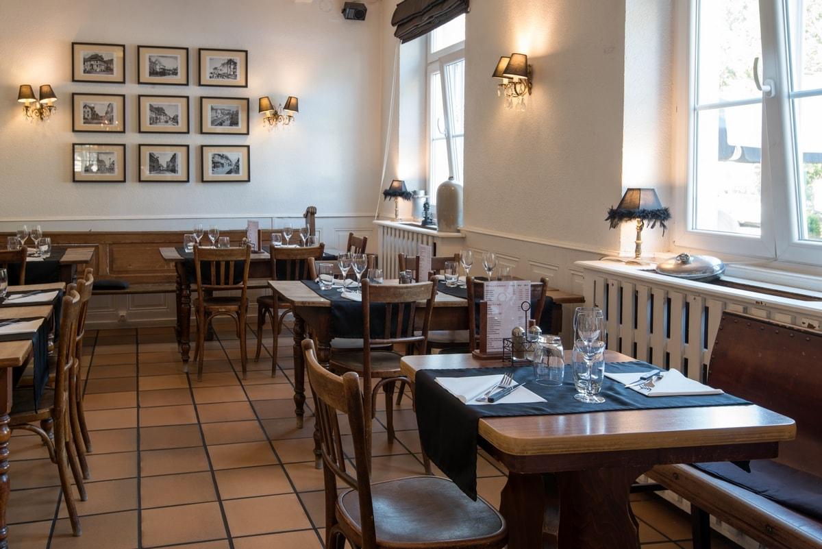 Restaurant Interieur Design.Family Accommodation Restaurant La Trattoria Du Ried
