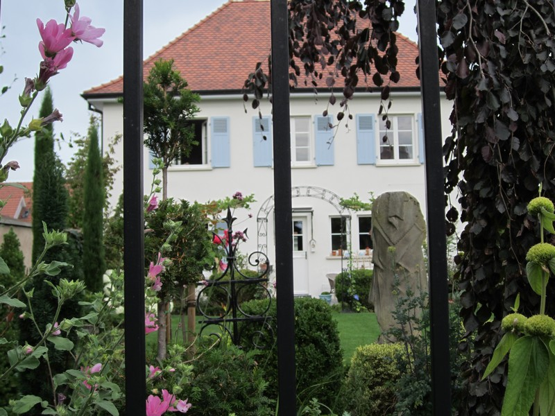 Maison et jardin de lyne for Maison et jardin