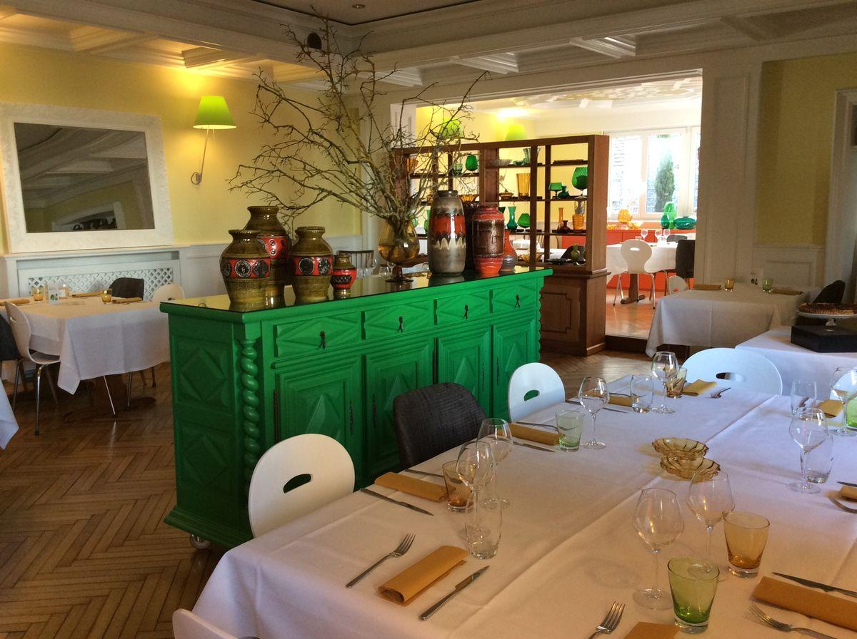 restaurant de la cuisine au jardin. Black Bedroom Furniture Sets. Home Design Ideas