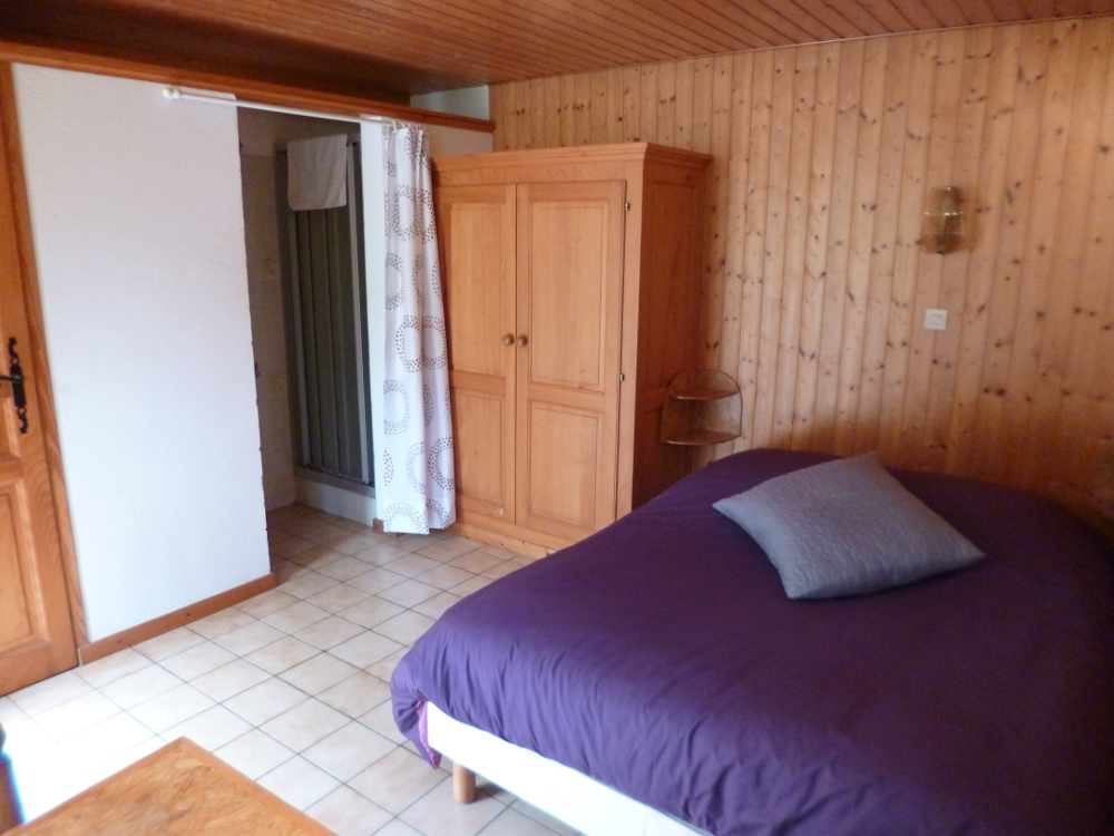Madame batot fabienne chambre 2 orbey 68370 les for Chambre d hotes kaysersberg