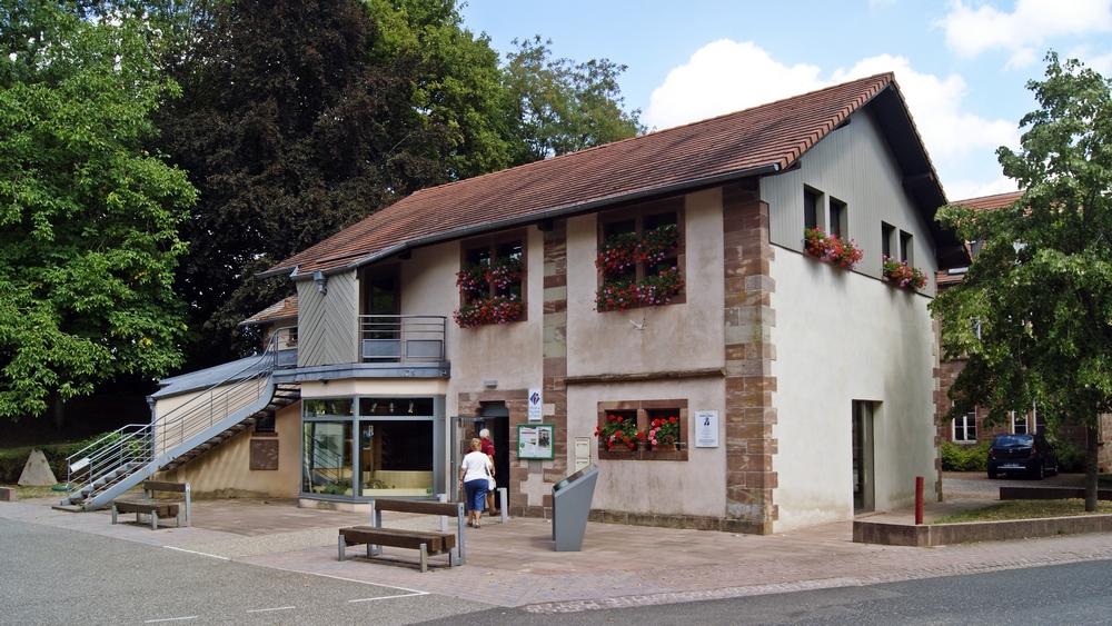 Office de tourisme intercommunal hanau la petite pierre office du pays de la petite pierre - Office de tourisme alsace ...