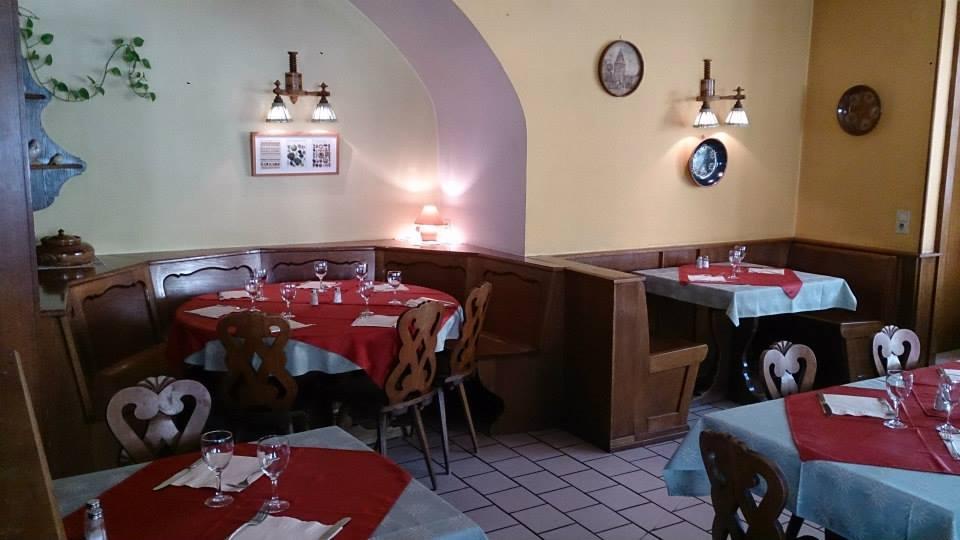 ©https://www.facebook.com/pages/restaurant%20Nid%20De%20Cigogne%20%C3%80%20Mutzig/235156059876771/