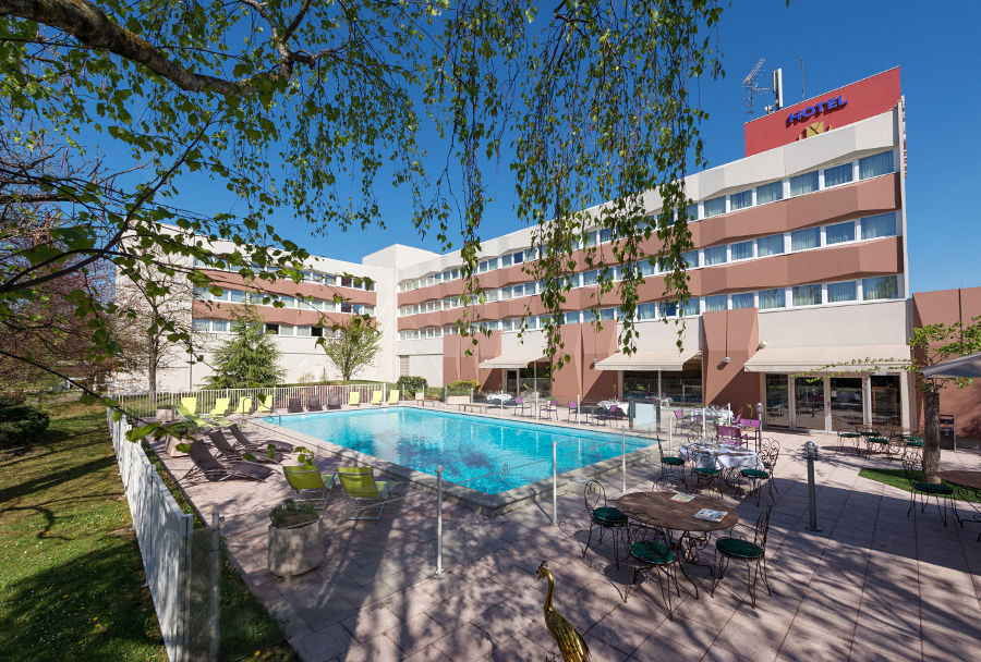 Golden tulip mulhouse basel sausheim for Piscine ile napoleon