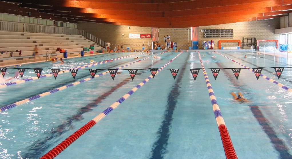 Piscine de l 39 illberg mulhouse for Piscine jonquilles