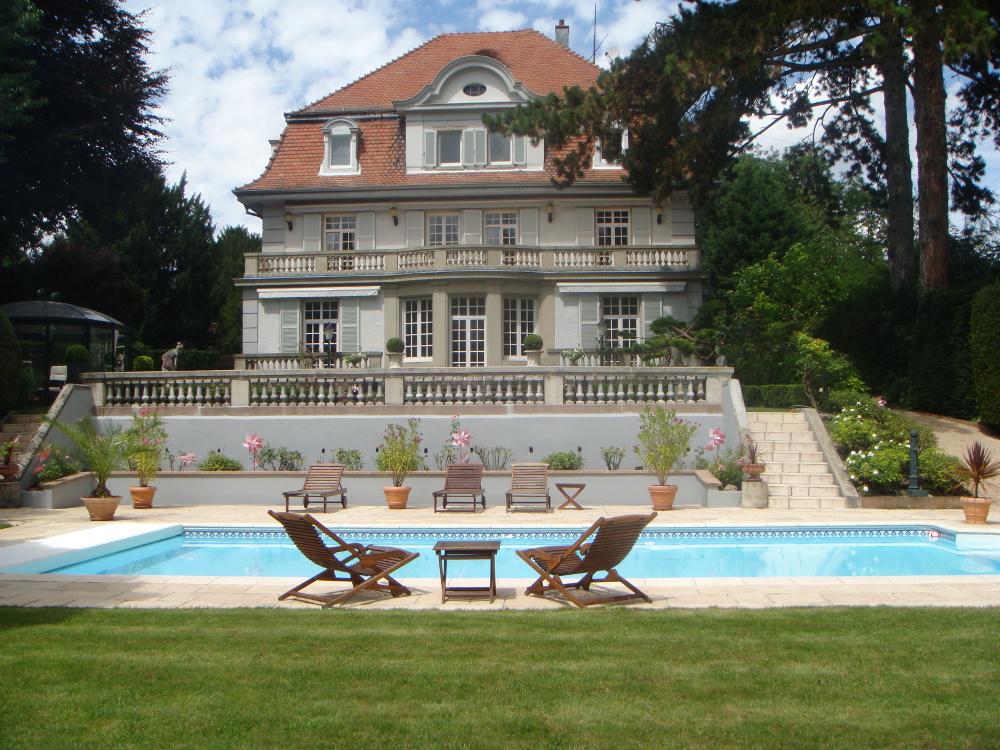 Villa eden h bergement mulhouse office de tourisme for Piscine rixheim