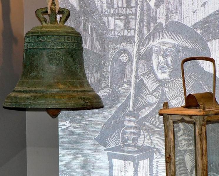Veilleur de nuit - cloche 1590
