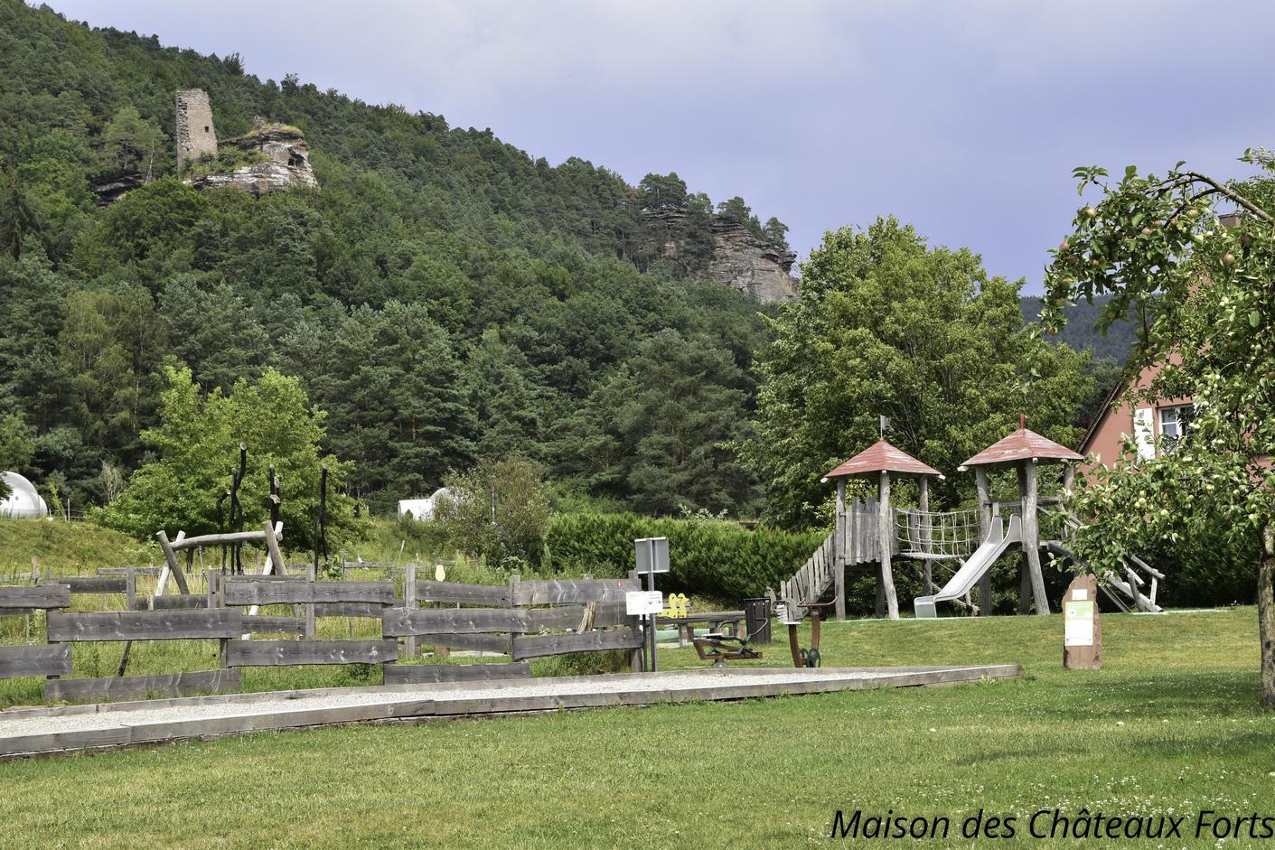 Maison des ch teaux forts des vosges du nord www for Pro fenetre mortagne du nord