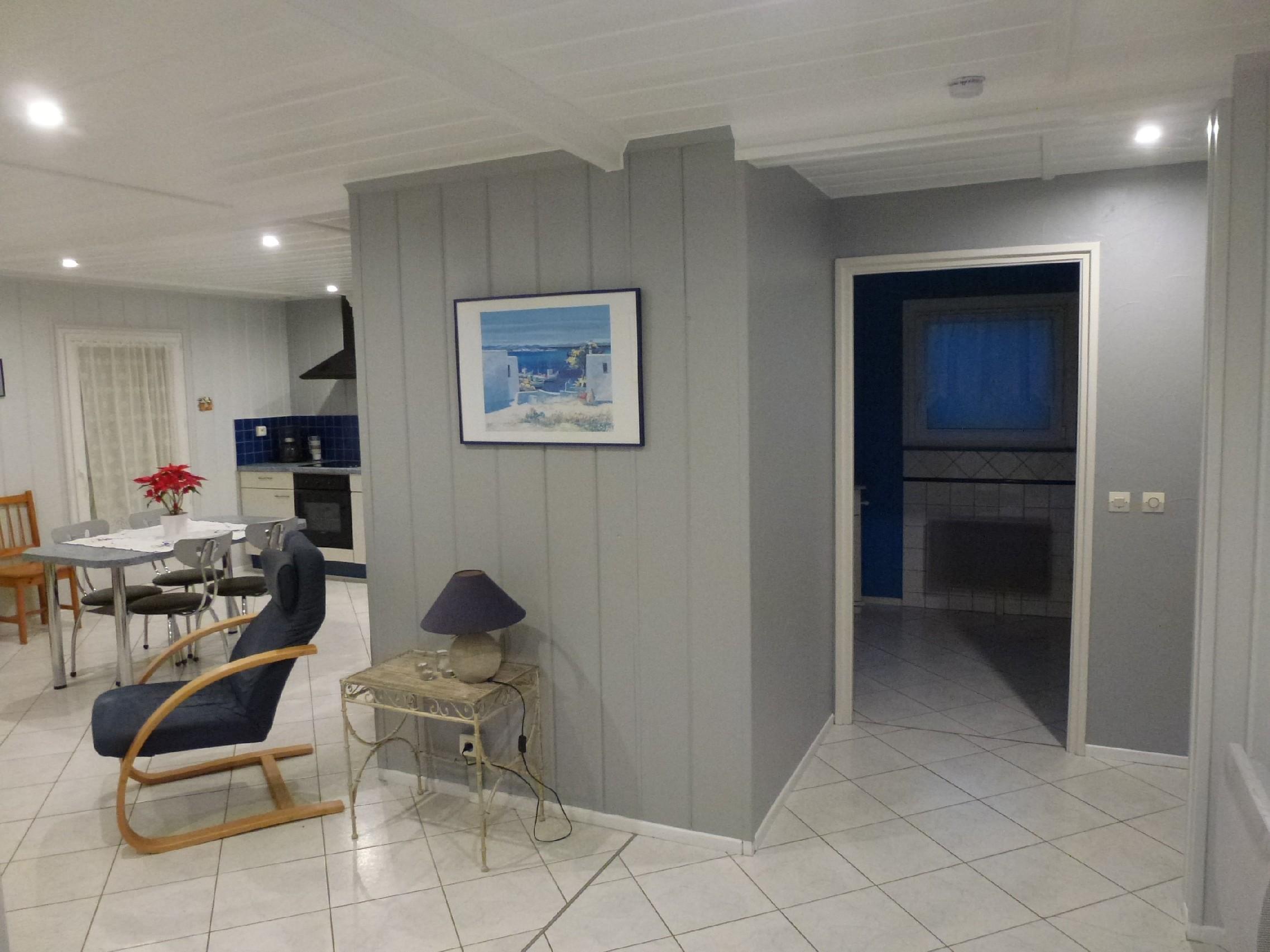 location saisonni re herzog bernard la maison de manon. Black Bedroom Furniture Sets. Home Design Ideas