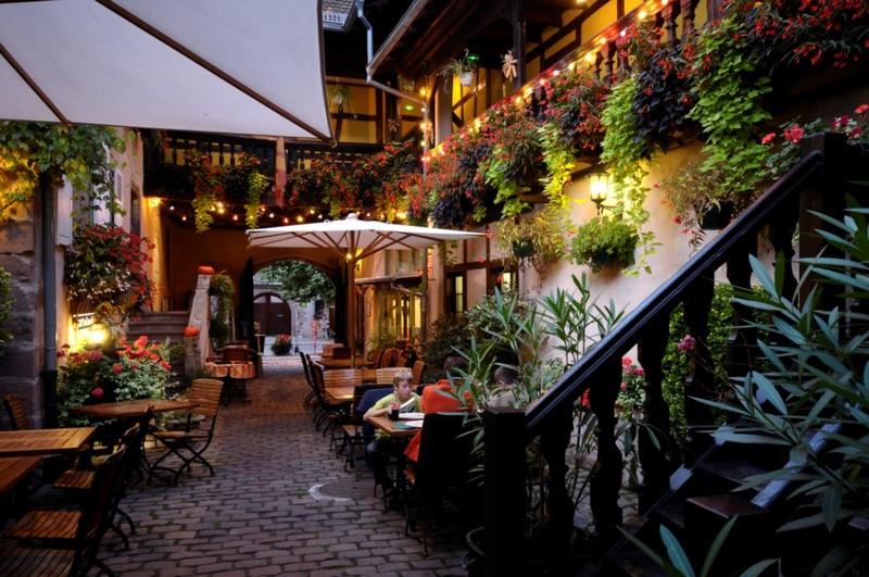 Restaurant Rue Du Bailli