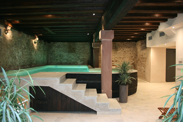 Wellness and spa in the ribeauvill and riquewihr region in for Piscine spa alsace