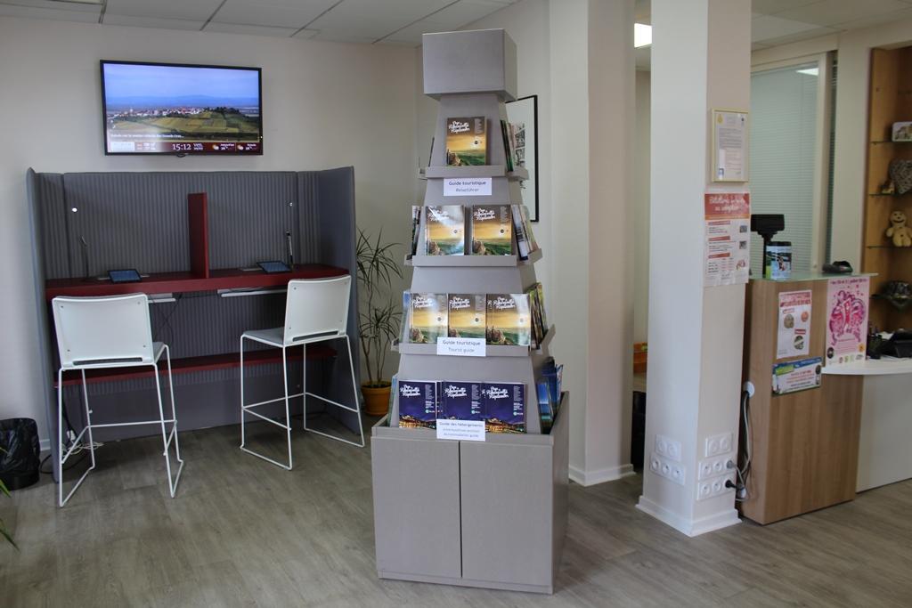 Office de tourisme bureau d 39 accueil de ribeauvill for Bureau alsace
