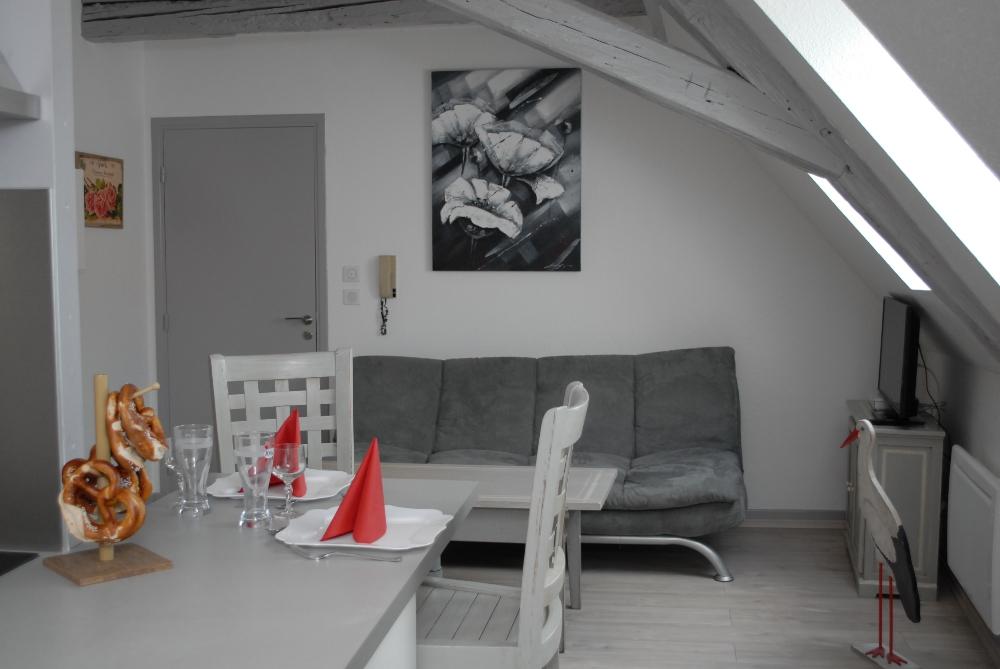 location saisonni re patur le ribeau ribeauville massif des vosges meubl s g tes. Black Bedroom Furniture Sets. Home Design Ideas