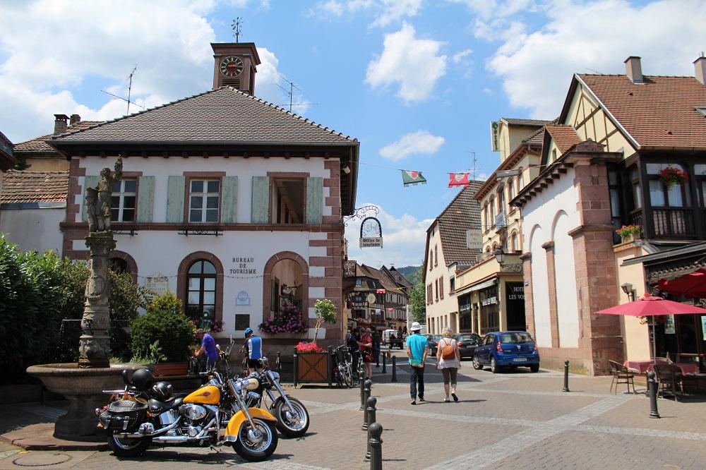 Association des Commer�ants, Artisans, H�teliers-Restaurateurs  de Ribeauvill�