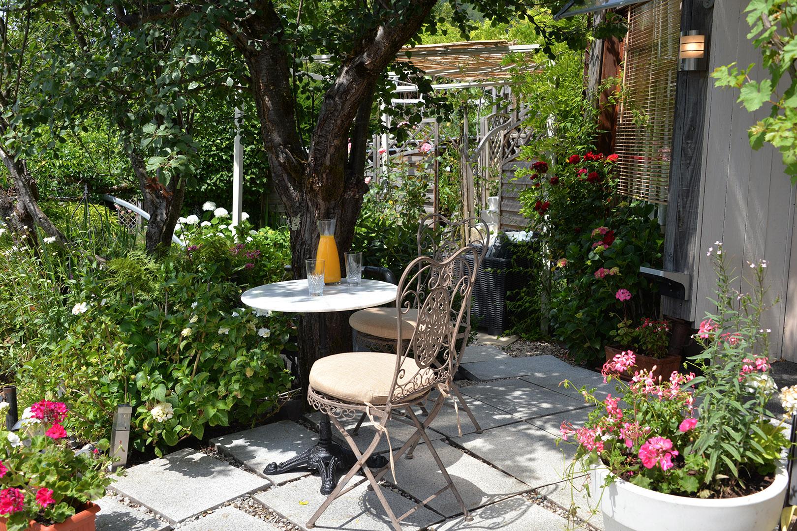 Chambre d 39 h tes les jardins d 39 isariya - Chambre d hote villars les dombes ...