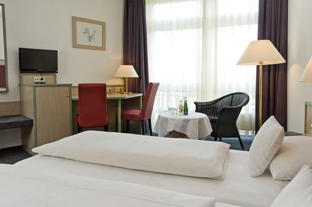apart 39 hotel kehl d 77694 h tels f461 fr. Black Bedroom Furniture Sets. Home Design Ideas
