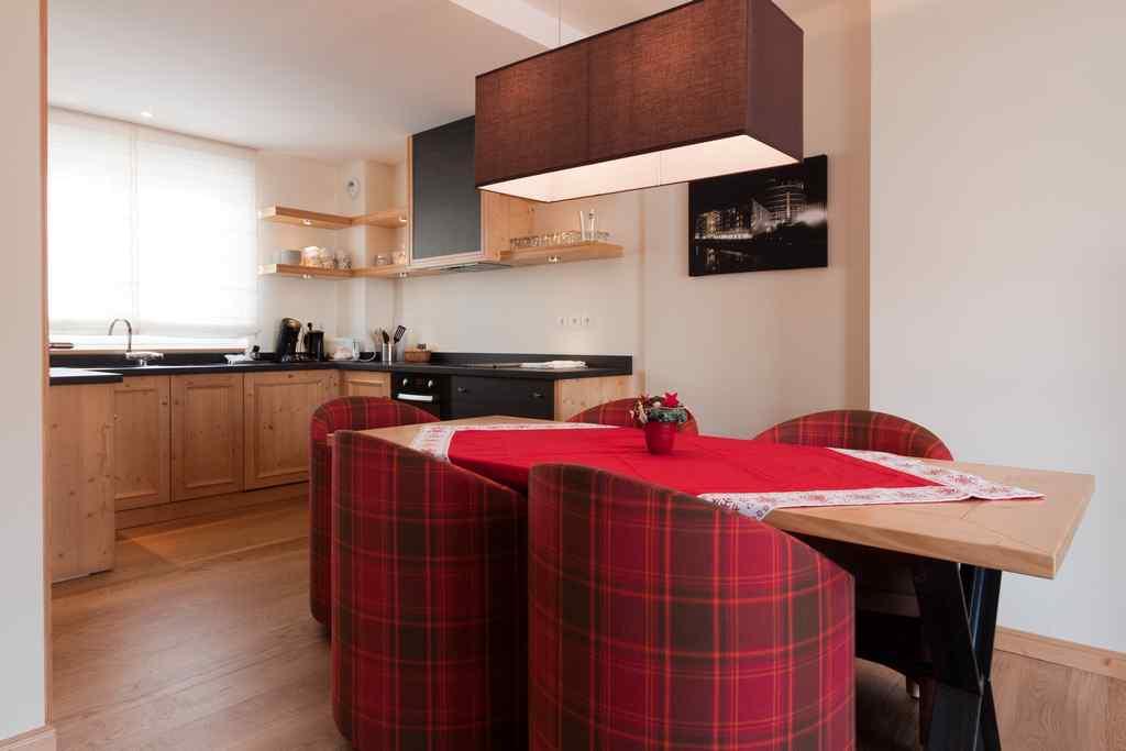 meubl la maison du tigre a iv. Black Bedroom Furniture Sets. Home Design Ideas