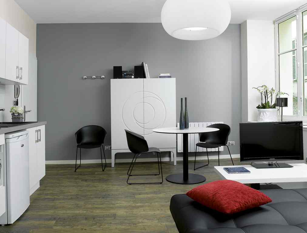 meubl le 32 appartement 1 chambre strasbourg. Black Bedroom Furniture Sets. Home Design Ideas