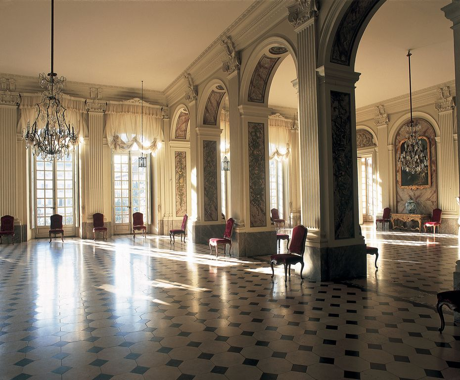 Palais rohan mus e arch ologique mus e des beaux arts mus e des arts d coratifs - Le musee des arts decoratifs ...