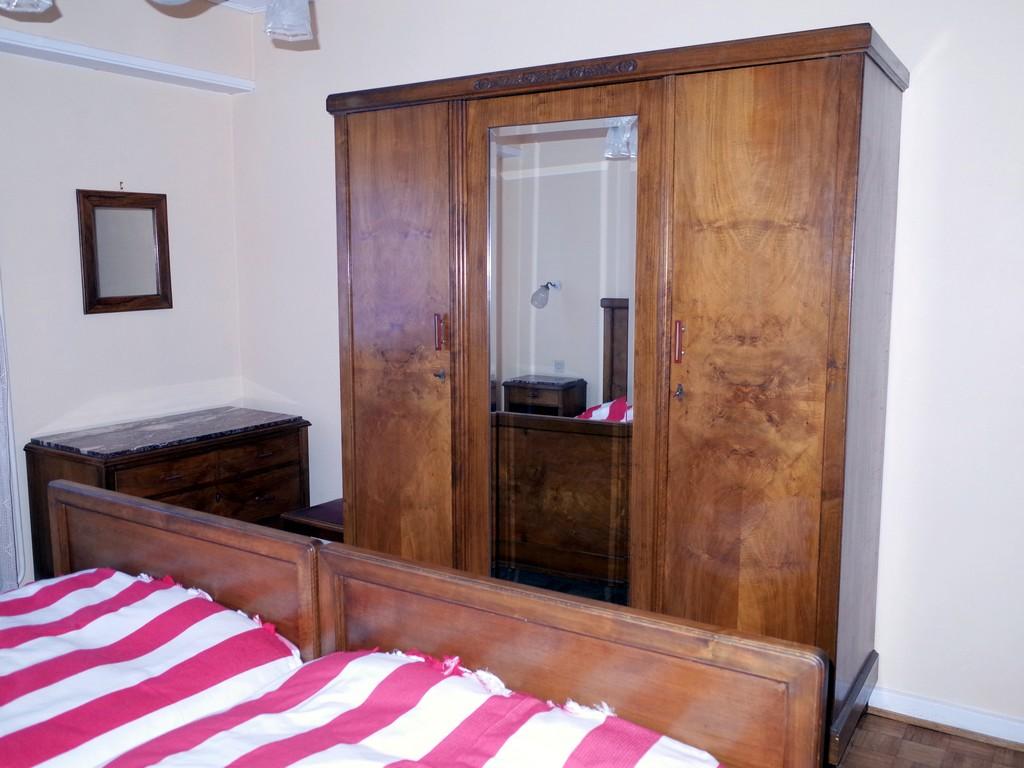 meubl la maison de jeanne eschau. Black Bedroom Furniture Sets. Home Design Ideas
