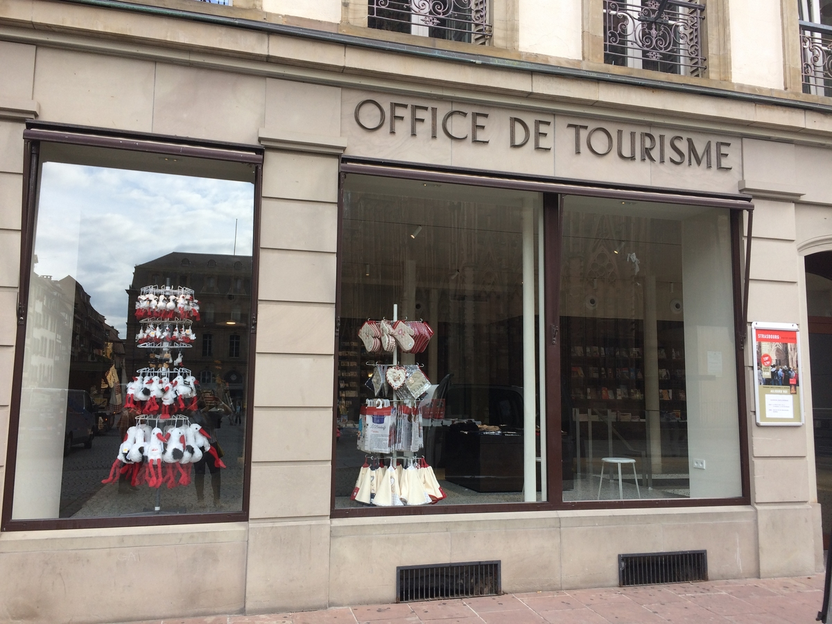 The strasbourg tourist office shop place de la cath drale - Office de tourisme moscou ...