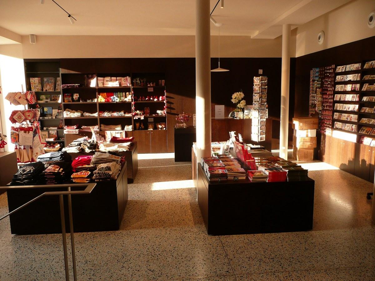 Il Punto vendita dell Ufficio del Turismo di Strasburgo 2782a3e74db